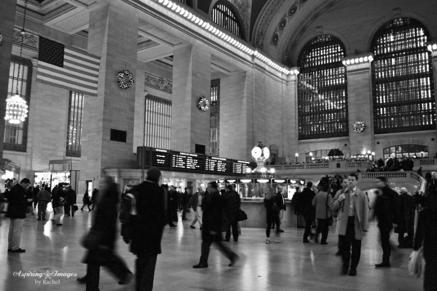 2010_Dec_NYC_Grand_Central_Station_Trenchcoat-web
