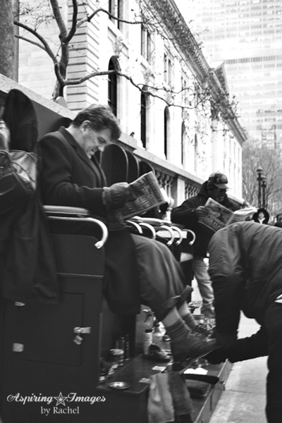 2010_Dec_NYC_Shoe_Shine-web