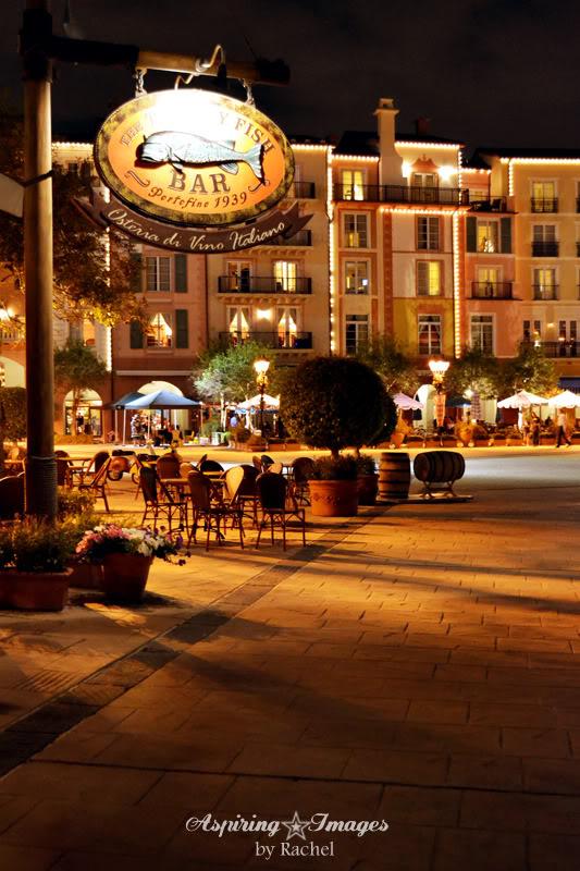 2010_12_23_Orlando_Portofino_Hotel_Savory_Fish_Bar_small