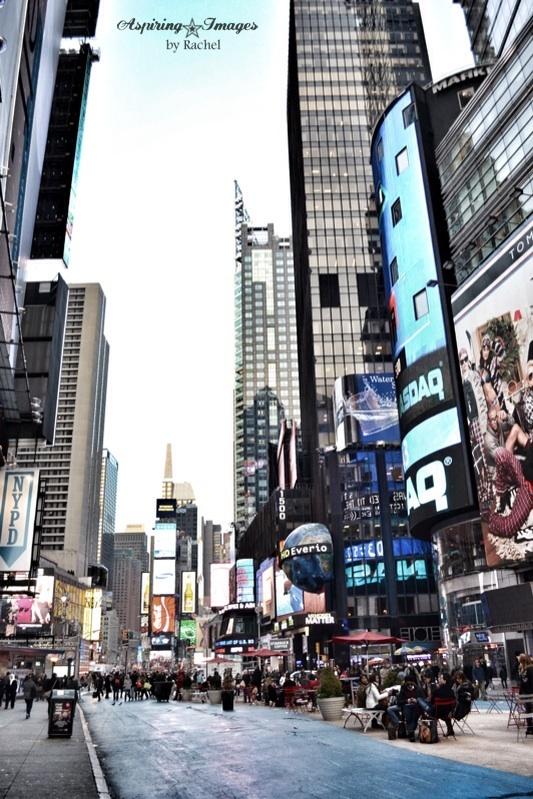 NYCTimesSquare2011Dec