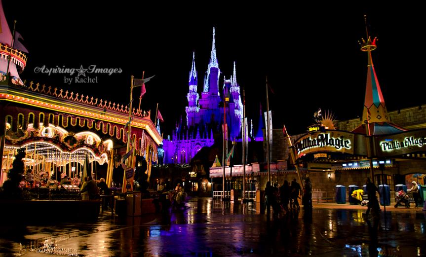 I Heart Magic Kingdom In The Rain | Disney World Photography via Aspiring Images by Rachel