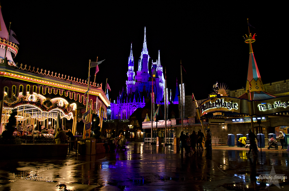 AspiringImagesbyRachel-MagicKingdom-CarouselCastlePhilharmagic-RainatNight